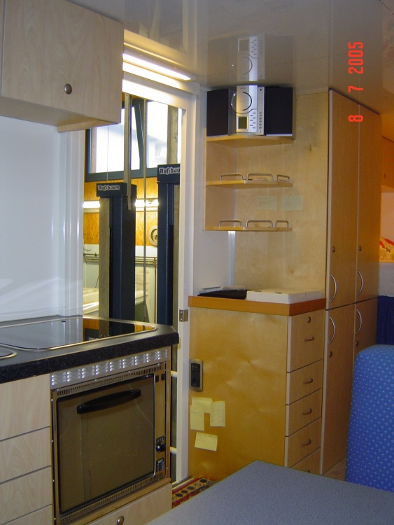 elektro backofen bzw gasbackofen ohne kamin allrad lkw gemeinschaft. Black Bedroom Furniture Sets. Home Design Ideas